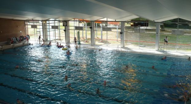 piscine olympique ville de seraing ville de seraing. Black Bedroom Furniture Sets. Home Design Ideas