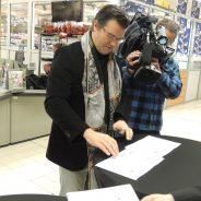 Remise du certificat «Bourse aux dons» à l'hypermarché Carrefour de Boncelles