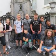 Des jeunes Sérésiens en visite au musée BELvue à Bruxelles