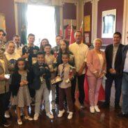 La Ville de Seraing reçoit et félicite l'Académie Karaté Leponce et ses athlètes